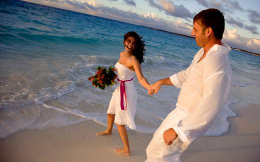 Celebrate UR Love in North Goa for 3 Night at Rs. 12,999 from makemytrip