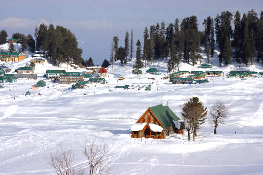 Kashmir Extravaganza for 03 Nights/ 04 Days at Rs. 9,150/- from travelchacha