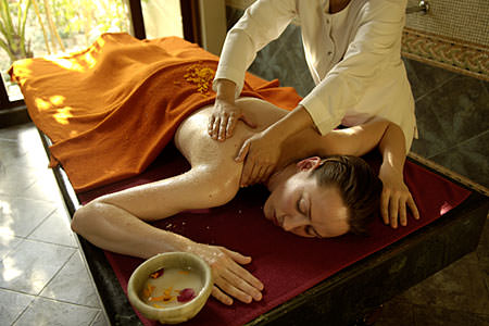 Golden Triangle With Yoga, Ayurveda And Spa 10 Days Tour By Travel Traveller