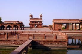 Golden Triangle with Taj Mahal 5N/6D Tour at Rs 12999 By Exoticc World Tours