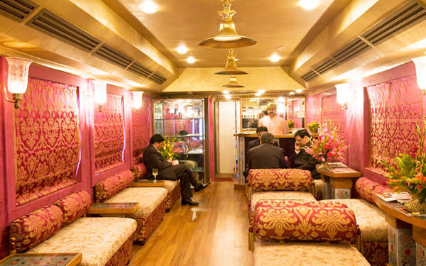 Royal Rajasthan on Wheels 8 Days Tour  at $ 590 By The Luxury Trains