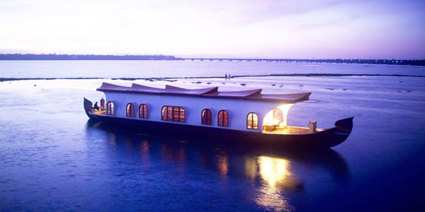 Amazing Kerala With Houseboat Tour 6 Days Package By Goibibo
