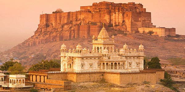 Wonderful Rajasthan Tour 8 Days Package By Goibibo