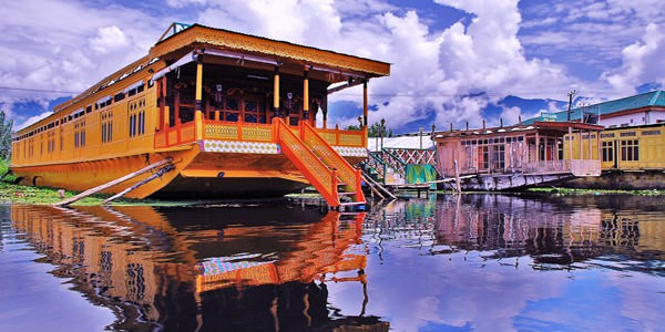 Kashmir Honeymoon Tour 6 Days Package By Indian Holidays