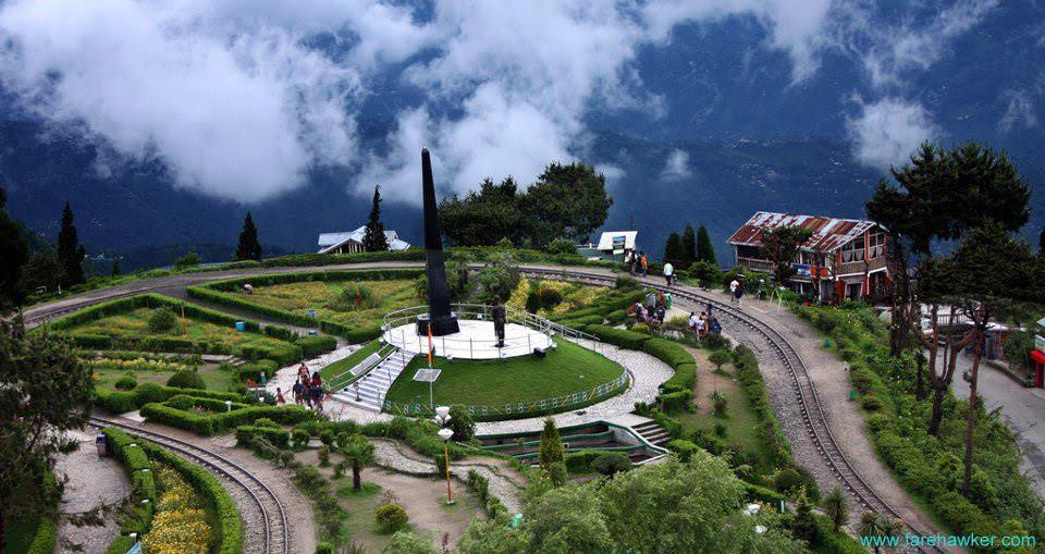 Batasia Loop,Darjeeling