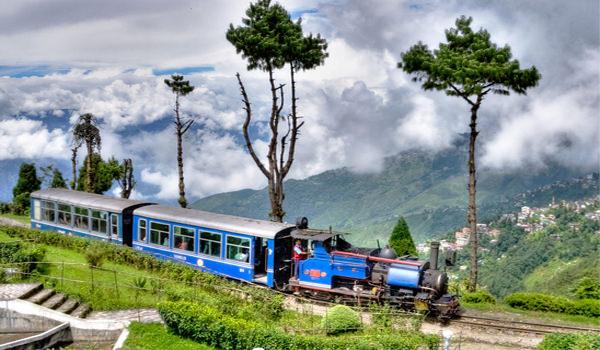Darjeeling By Toy Train