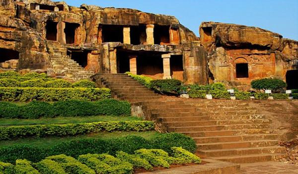 How to Reach Udayagiri and Khandagiri Caves